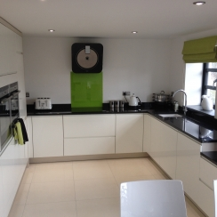 Kitchen Design Yeovil yeovil kitchens - yeovil fitted kitchens - in-toto kitchen showroom