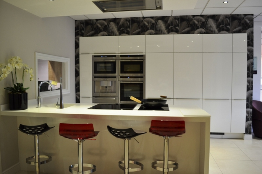 Leicester kitchens leicester fitted kitchens in toto kitchen showroom